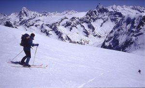 日本山岳会「アルパインスキークラブ」が12月17日に講習会開催